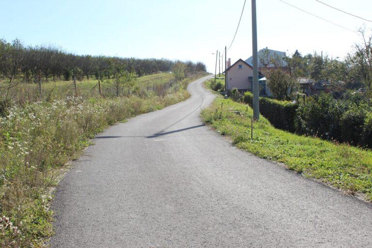 cesta Kosovec